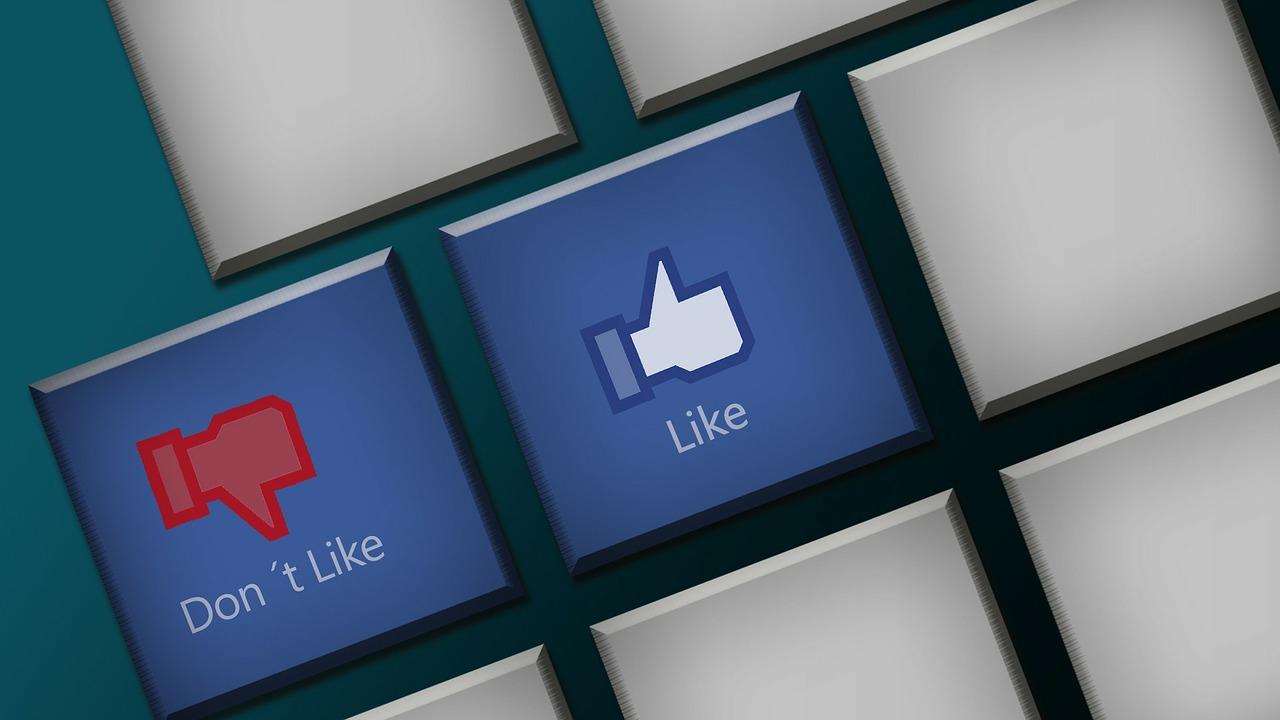 Den Shitstorm überstehen - Facebook Grafik
